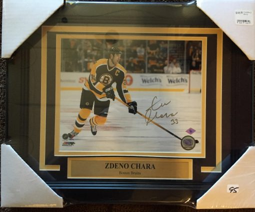 ZDENO CHARA AUTOGRAPHED  8X10 FRAMED PHOTO BLACK CAP