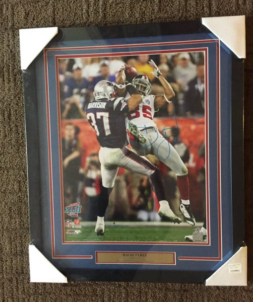 DAVID TYREE AUTOGRAPHED 16X20 FRAMED PHOTO- CATCH